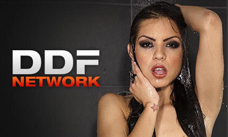 Ddfnetwork - Alexis Crystal