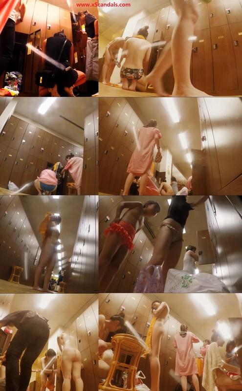 The hot spring bathing in the resort hotel's women's locker room