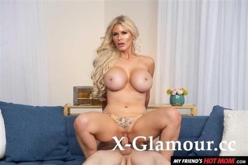 Sexy Casca Akashova Likes To Fuck And Suck On Young Cock [FullHD]