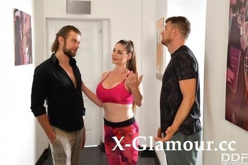 Cathy Heaven - Stacked Hungarian Babe Cathy Heaven Gets 2 Cocks For The Price Of 1 [SD/360p]