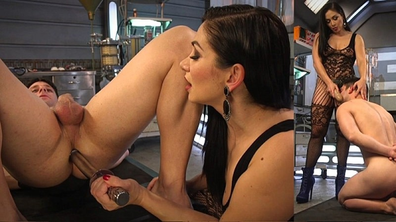 Lea Lexis Presents Her Futuristic Medical Fetish Dungeon [HD 720P]