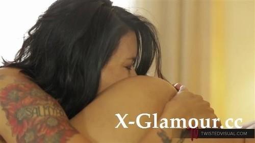 Dana Vespoli, Francesca Le - Have Real Sex [HD/720p]