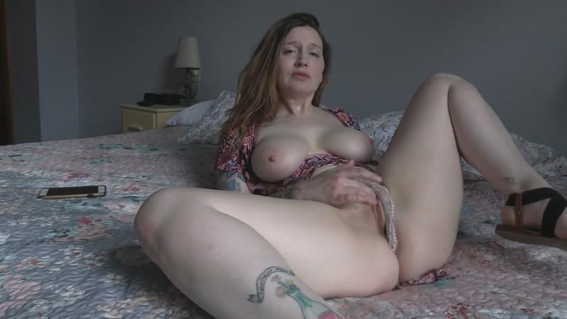Bettie Bondage - Your Best Friend is a CumSlut MILF [FullHD 1080P]