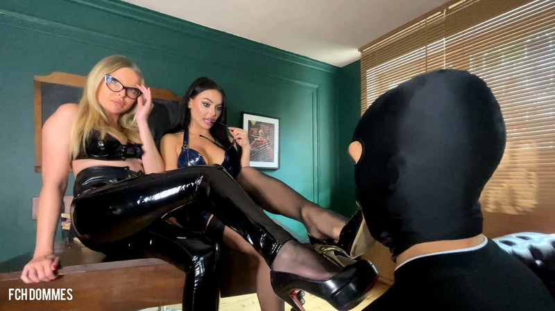 Evil Woman - Feet Domination, Facesitting And Ass Worship For Bad Worker [HD 1078P]