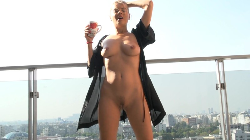 Jasmine Rouge - Pissing on my Balcony - Eat my Pussy [FullHD 1080P]