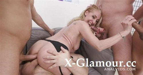 Yelena Vera - Over And Wet, Yelena Vera 4On1, Balls Deep Anal, Pee Drink, First Dap And Swallow Gl399 [SD/480p]