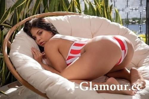 Jolie Star - Nicely Shaped Butt (FullHD)