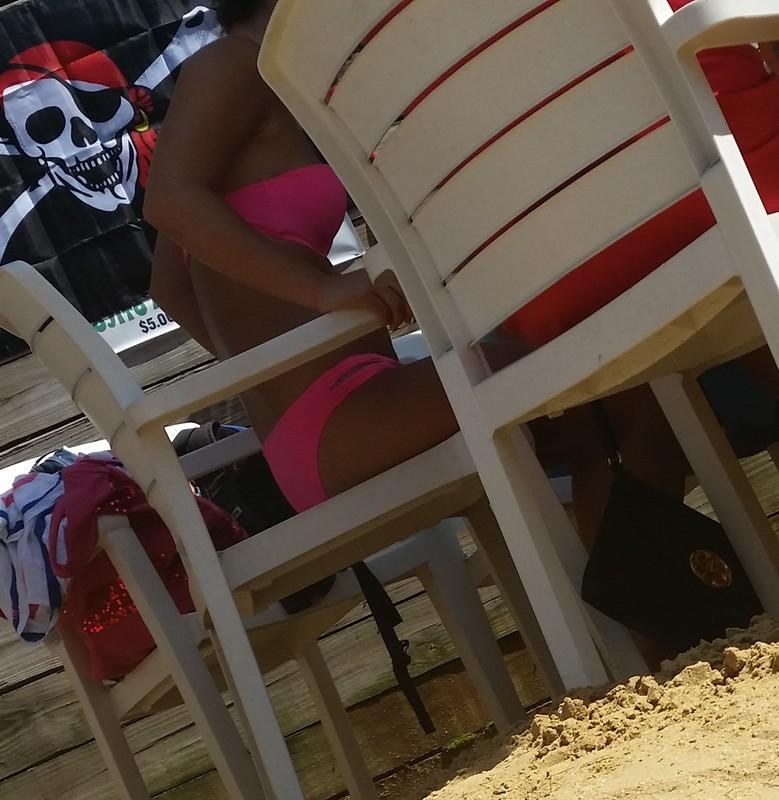 pirate bar chick in sexy pink bikini