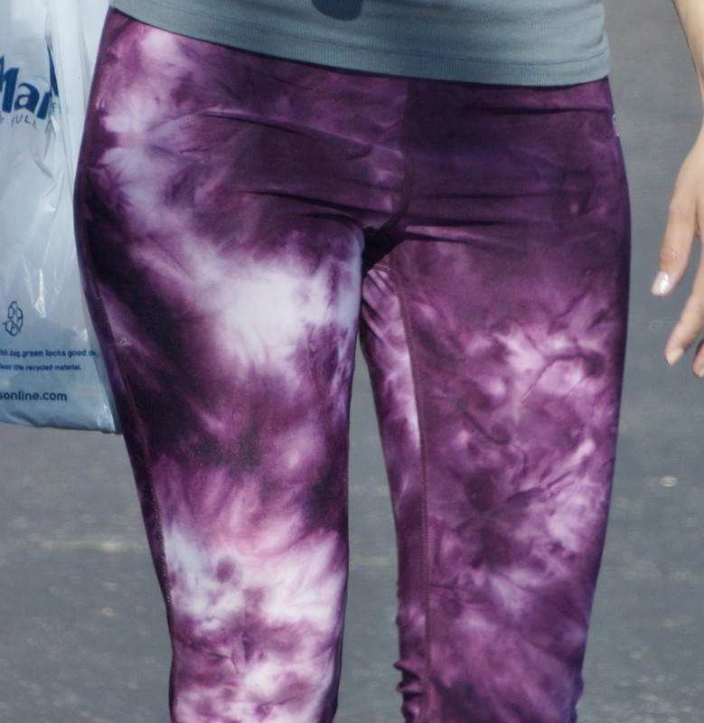 sweet babe in purple leggings