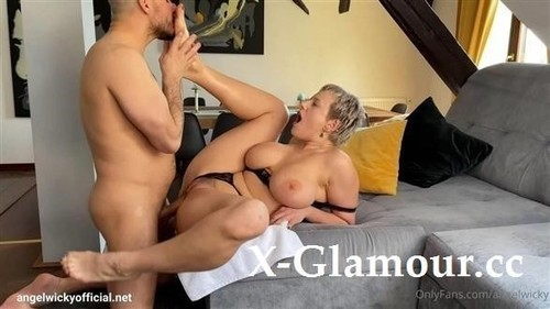 Angel Wicky - Getting My Feet Pampered And Worshipped [FullHD/1080p]