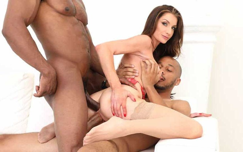 Silvia Saige - Male Strippers Dp Rich Milf With Bbcs [FullHD 1080P]
