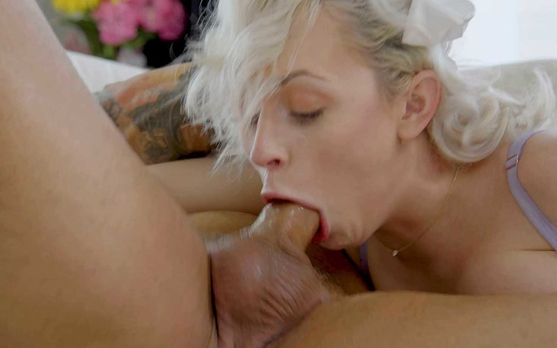 Ava Sinclaire - Our Babysitter Does Anal 3 [FullHD 1080P]