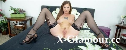 Tricia Oaks - Full Of Laughs And Naughty Behavior Its Tricia Oaks Live! [SD/480p]