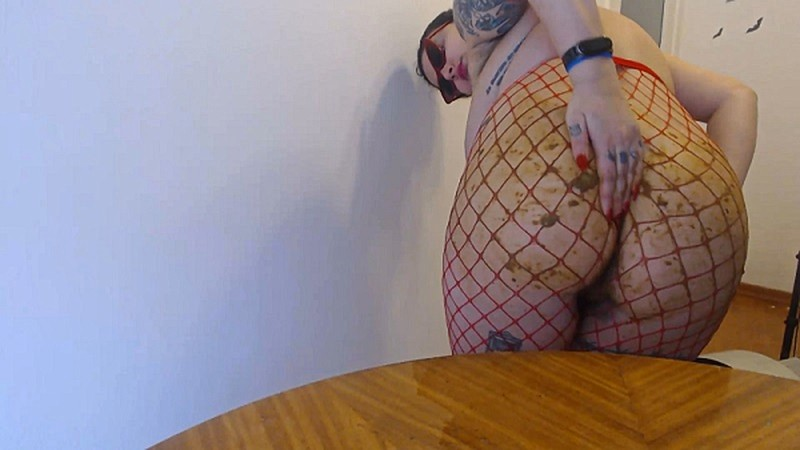 Badkithy - Dirty Pin Up Girl in Red Fishnets [FullHD 1080P]