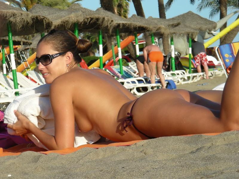 hot topless babe in bikini & dior sunglasses