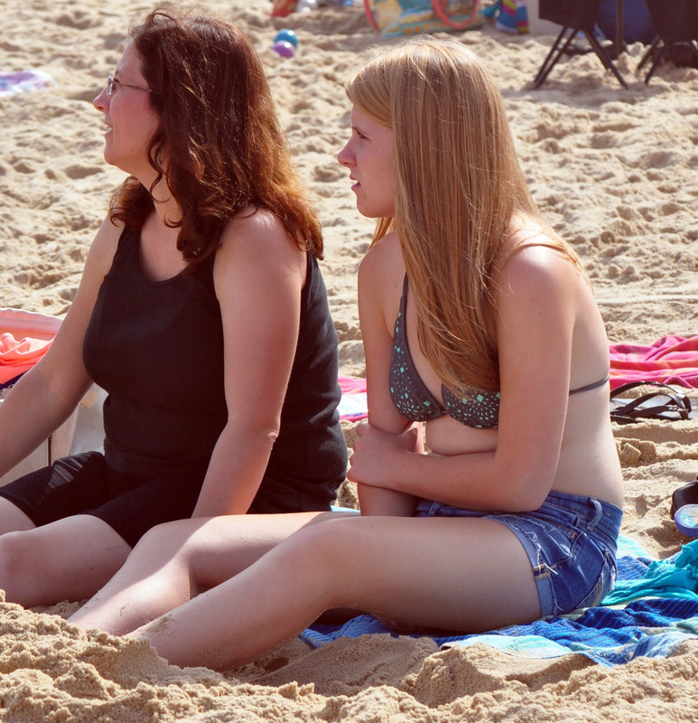 friendly beach girls in bikinis & cute denim shorts