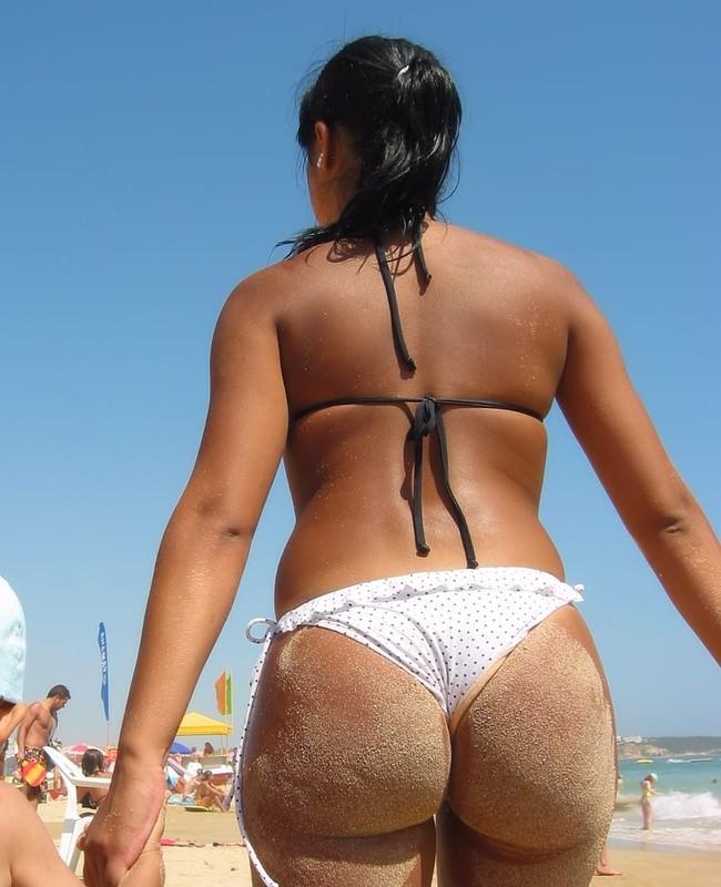 beach milf booty in charming bikini
