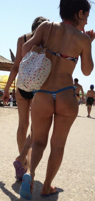 hot pawg in candid bikini