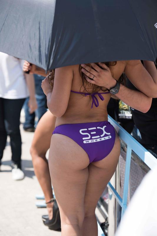 sex wheels promo girls in purple bikinis