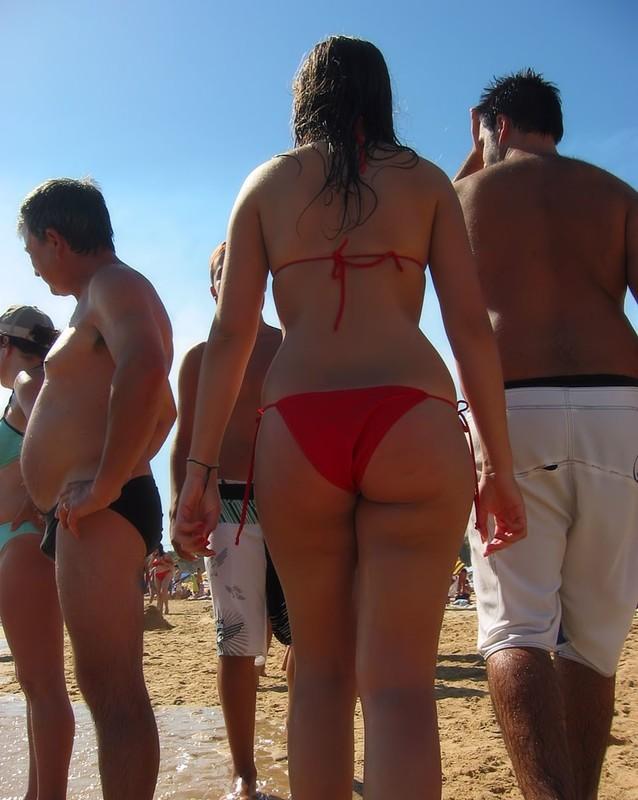 hispanic lady in sexy red bikini