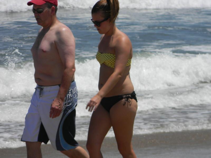 fit trophy wife in wet sexy bikini