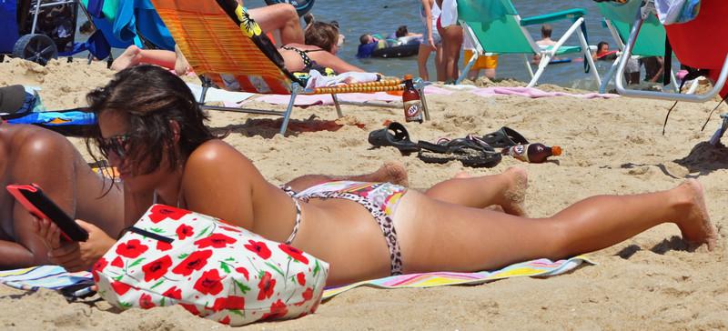 chubby milf in bikini