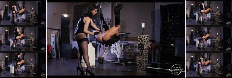 Mistress Bella Lugosi - Fucked And Fistet Bella Lugosi Pegging (HD)