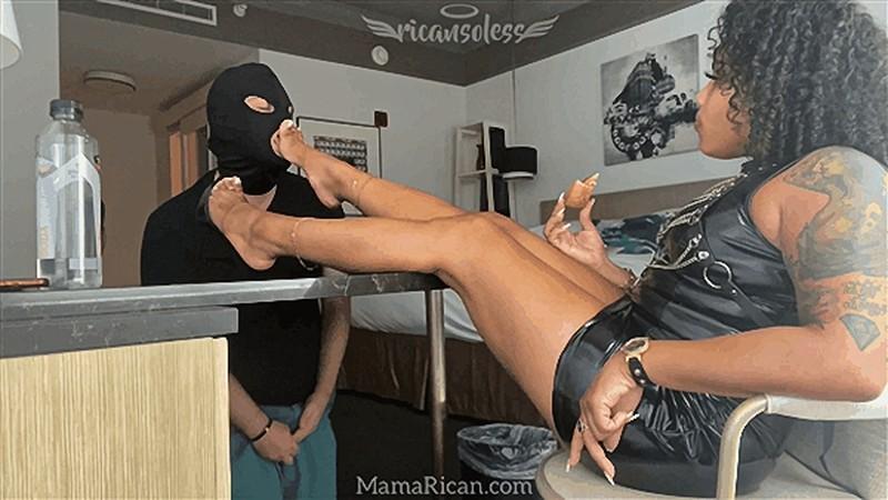 Mama Rican - Dom Eats while Sub Cleans Feet [FullHD 1080P]