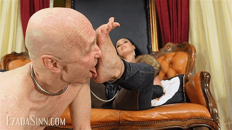 Extra sweaty feet licking [FullHD 1080P]