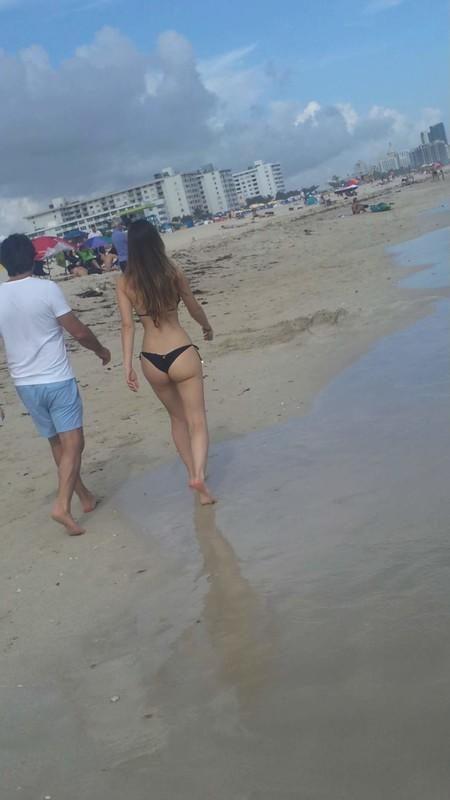 lovely girfriend of the beach
