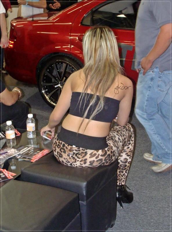 blonde hottie in leopard leggings