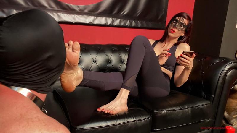 Mistress Victoria Colonna - Mvc - My Dirty Feet [FullHD 1080P]