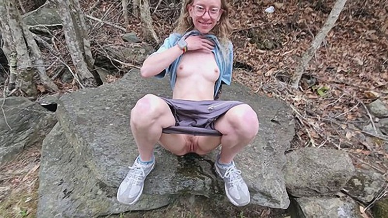Im The Perfect Little Pee Slut So Cum and Watch Me [FullHD 1080P]