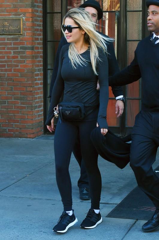 lovely singer Rita Ora in tight leggings