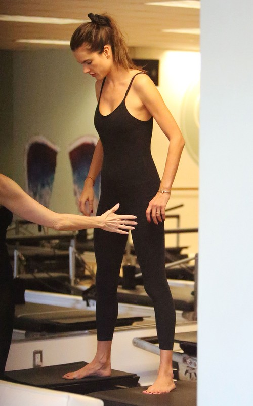 pilates babe Alessandra Ambrosio in candid gym unitards