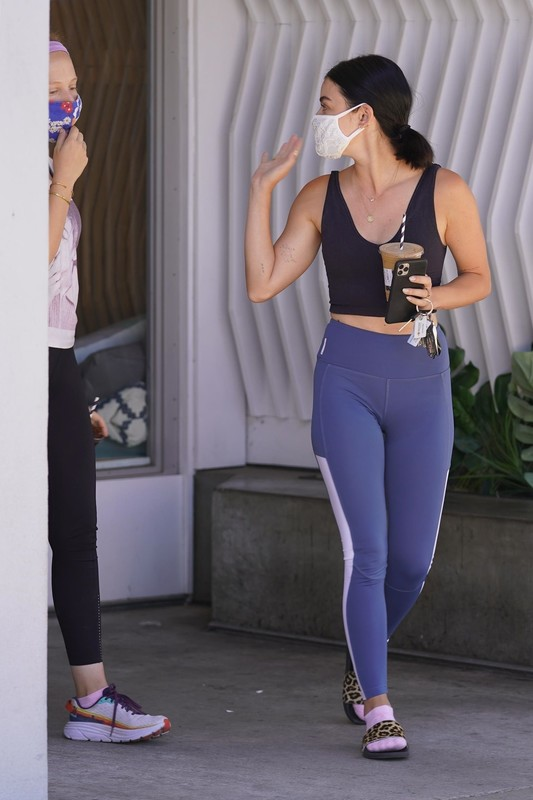 fitness chick Lucy Hale in sexy yogapants