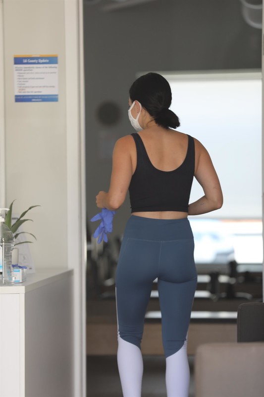 luscious babe Lucy Hale in candid pilates uniform