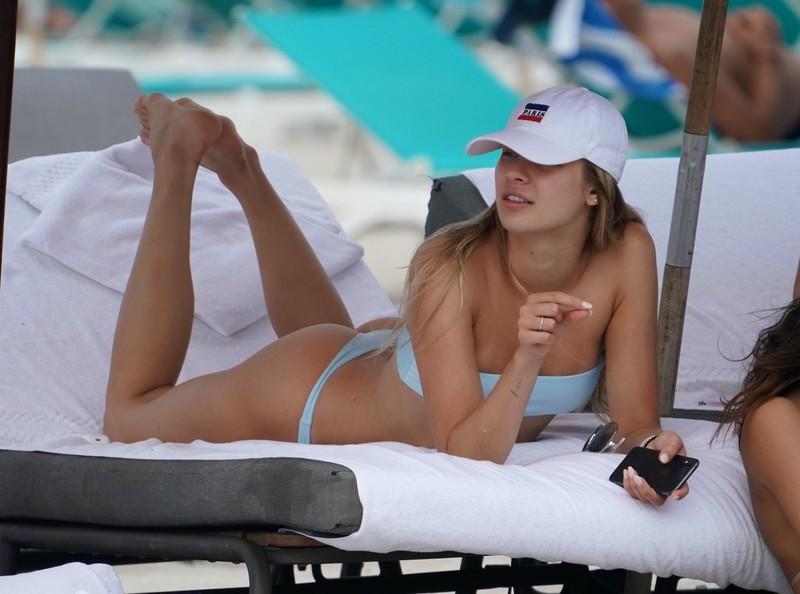 gorgeous babe Josie Canseco in blue thong bikini